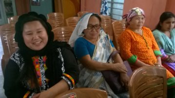 saroja-with-her-mother-and-sister